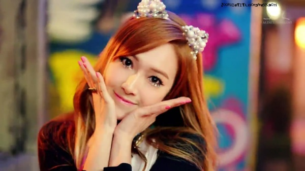 Girls' Generation 소녀시대_I GOT A BOY_Dance Teaser - YouTube_20121228-18164823